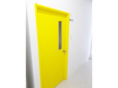部屋の扉を色分け3