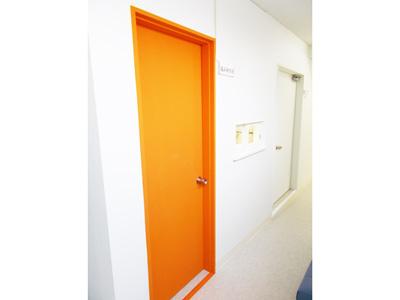 部屋の扉を色分け2